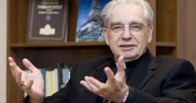 """Kardinolas A. J. Bačkis apie A. Brazauską, valdžios pataikavimus ir savo sėkmes bei """"durnystes"""""""