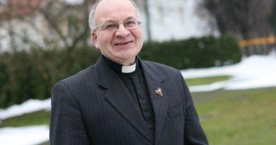 """Kunigas Robertas Grigas: """"Tėvynės Sąjunga krikščioniškų rinkėjų nebeatstovauja"""""""