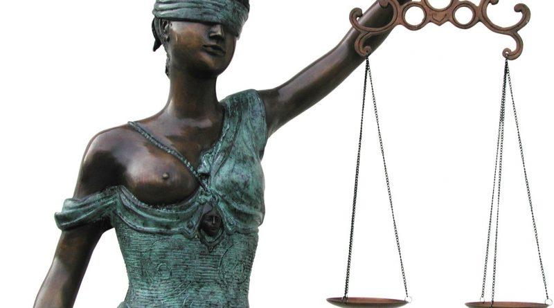 """Tomas Čyvas: kodėl ima nervinti žodžiai """"teisinė valstybė""""?"""